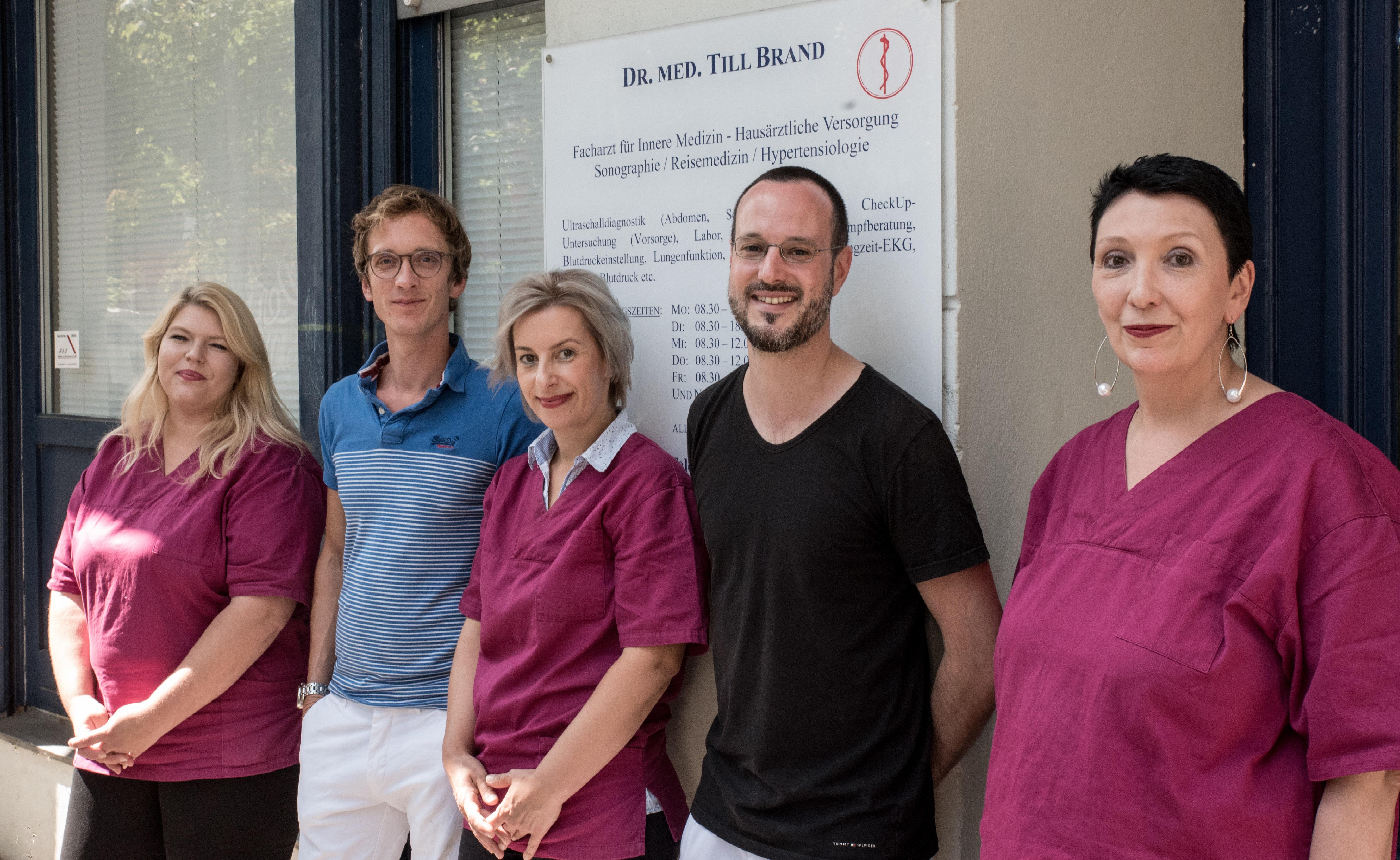 Dr. med. Till Brand - Hausarzt Schöneberg - Praxis für Innere Medizin Team